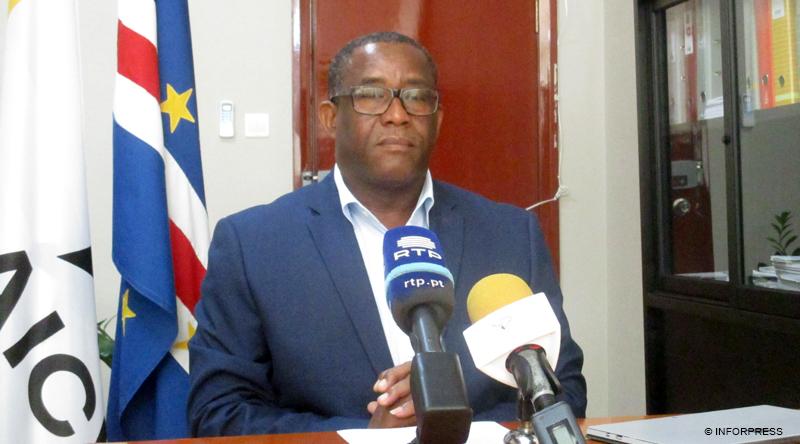 a semana - primeiro di u00e1rio caboverdiano em linha
