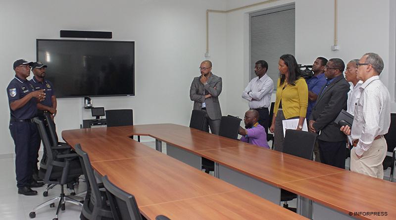 social - primeiro di u00e1rio caboverdiano em linha